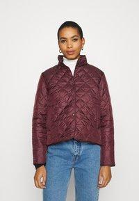 Selected Femme - SLFPLASTICCHANGE QUILTED JACKET - Light jacket - port royale - 0