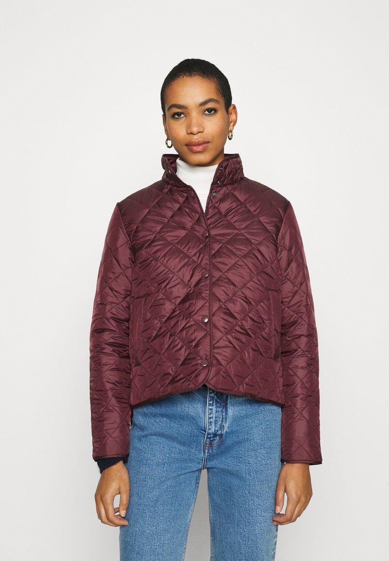 Selected Femme - SLFPLASTICCHANGE QUILTED JACKET - Light jacket - port royale