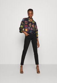 Versace Jeans Couture - Jeans Skinny Fit - black denim - 5