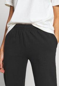 Even&Odd - Loose Fit Jogger - Tracksuit bottoms - black - 4