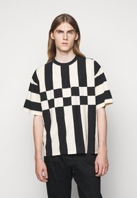 YMC You Must Create - HACIENDA TEE - Triko s potiskem - black/ecru - 0