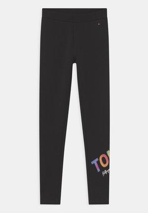 MULTI SHINE PRINT - Spodnie treningowe - black