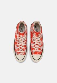 Converse - CHUCK 70 - High-top trainers - bright poppy/egret/black - 7