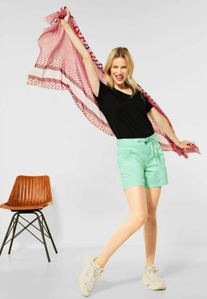 LOOSE FIT - Shorts - grün