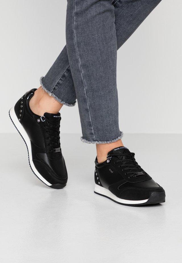 DJEM - Baskets basses - black