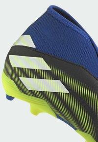 adidas Performance - NEMEZIZ.3 FG LACELESS FUSSBALLSCHUH - Moulded stud football boots - black - 9