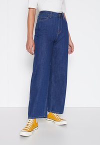 Lee - WIDE LEG - Jeans relaxed fit - rinsed denim - 0