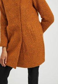 Vila - Classic coat - pumpkin spice - 4