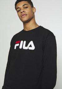 Fila - PURE - Collegepaita - black - 5