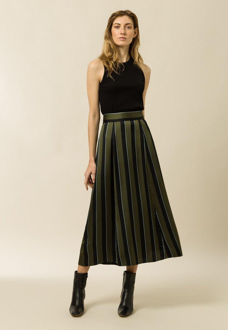 IVY & OAK - A-line skirt - dark olive
