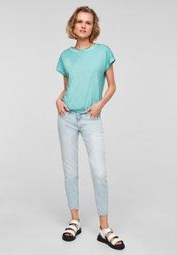 Q/S designed by - Basic T-shirt - turquoise - 1