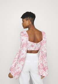 Missguided - PRINTED BALLOON SLEEVE CORSET - Long sleeved top - white - 2
