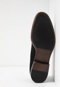 Vagabond - HARVEY - Smart lace-ups - black - 4