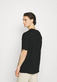 Tigha - SKY EAGLE ARNE - Print T-shirt - vintage black - 2