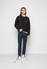 MOSCHINO - CREWNECK - Sweatshirt - black - 1