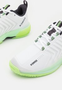 K-SWISS - ULTRASHOT 3 - Multicourt tennis shoes - white/soft neon green/blue graphite - 5