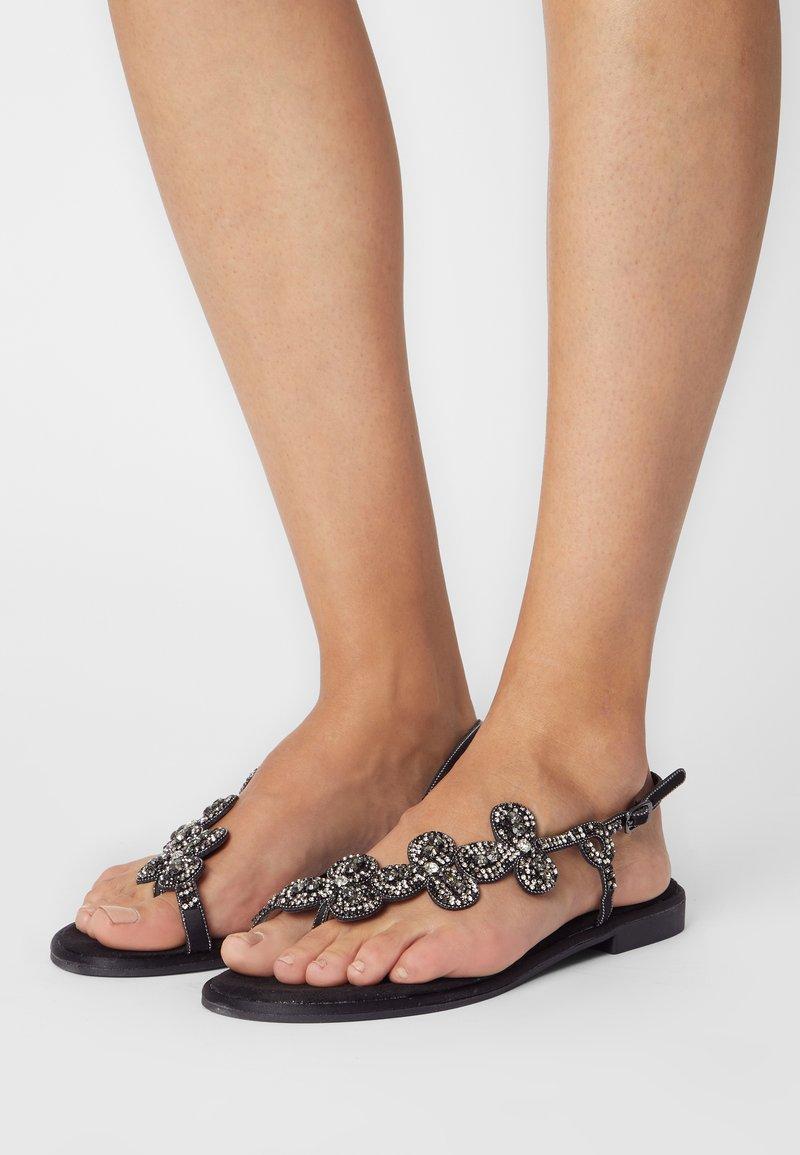 KHARISMA - T-bar sandals - nero