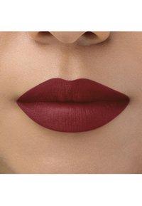 bareMinerals - BAREPRO LONGWEAR LIPSTICK - Lipstick - cranberry - 2