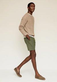 Mango - Shorts - khaki - 1