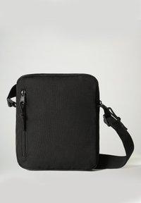 Napapijri - HAPPY CROSS POCKET - Across body bag - black - 2