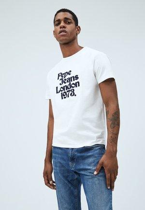 SONI - Print T-shirt - blanco off