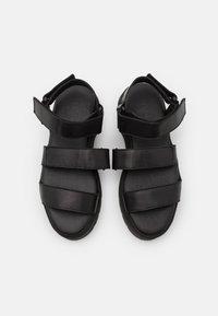 Pavement - FONSO - Platform sandals - black - 3