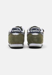 Diadora - SIMPLE RUN UNISEX - Neutral running shoes - green rosemary - 2