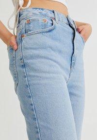 PULL&BEAR - Bootcut jeans - light blue - 3