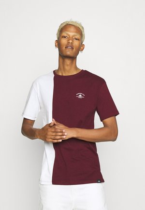 SPLIT - T-shirt print - burgundy/white
