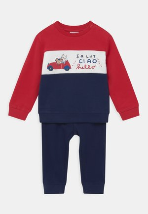 SET - Tracksuit - racing red