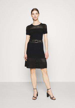 RMVEGA - Vestido de punto - noir