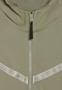 Nike Sportswear - TECH PACK HOODIE - Zip-up hoodie - jade stone - 2