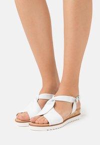 Gabor Comfort - Wedge sandals - weiß - 0