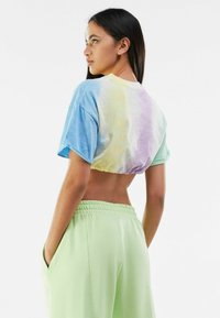 Bershka - T-shirt imprimé - multi-coloured - 2
