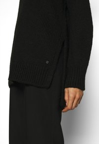 Marc O'Polo - LONGSLEEVE ROUND NECK - Pullover - black - 5