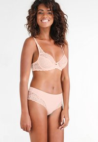 Triumph - AMOURETTE SPOTLIGHT HIPSTER - Slip - orange highlight - 1