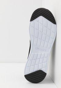 Kappa - CUMBER - Sports shoes - black/white - 4