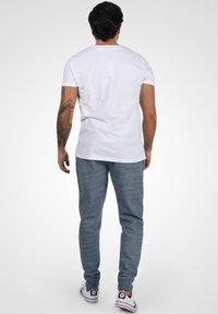Blend - HENNY - Pantaloni sportivi - dark navy blue - 2
