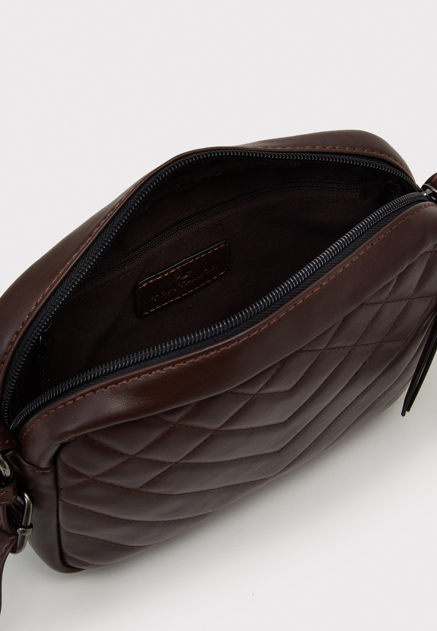 TOM TAILOR JARA - Skulderveske - dark brown/mørkebrun v6nL0mMlAQXIiNT