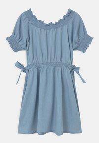 Cotton On - SAMIRA - Denim dress - light blue wash - 1