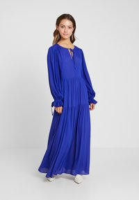 Selected Femme Petite - SLFWILLOW DRESS - Maxiklänning - clematis blue - 0