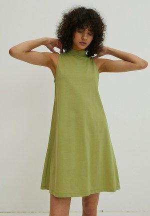 ALEANA - Jersey dress - grün