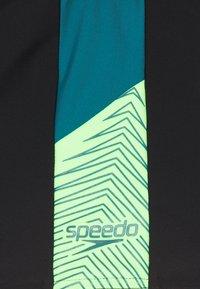 Speedo - DIVE - Swimming shorts - black/swell green/zest green - 2