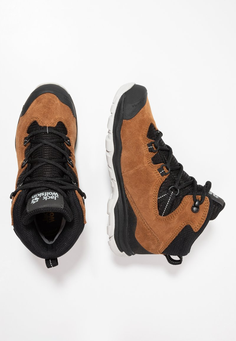 Jack Wolfskin - MTN ATTACK 3 TEXAPORE MID - Hiking shoes - desert brown/black