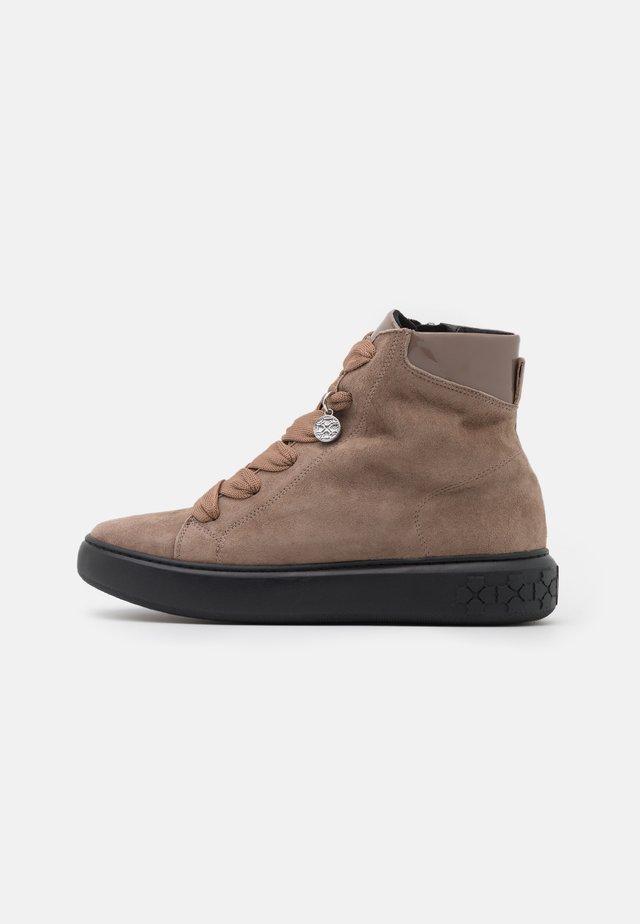 BENA - Zapatillas altas - sand