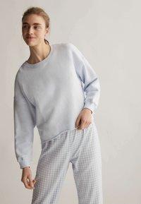 OYSHO - Sweatshirt - blue - 0