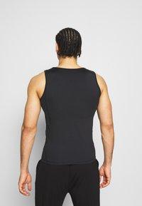 Curare Yogawear - MEN - Top - black - 2
