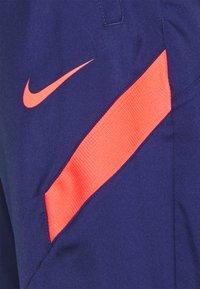 Nike Performance - ATLETICO MADRID  - Club wear - hyper cobalt/loyal blue/laser crimson - 5