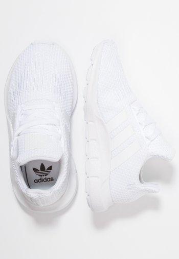 SWIFT RUN - Trainers - footwear white