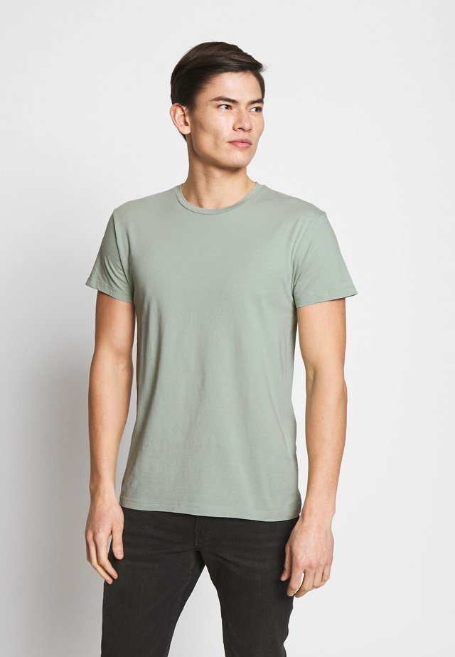 KRONOS  - Basic T-shirt - frosty green